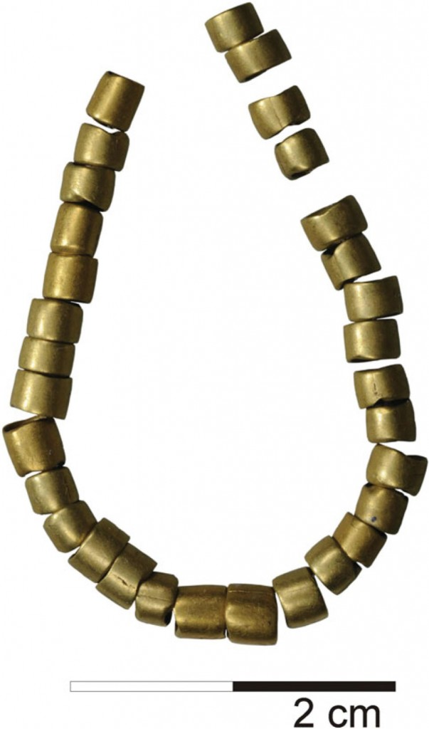 Най-старото-златно-украшение-в-света-2