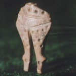 VHN-Гроб41-Плоска-костена-статуетка